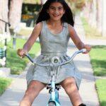 Alinutza pe bicicleta