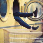 Românii și mașinile de spălat
