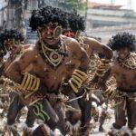 BANCUL ZILEI - Iubiri carnale într-un trib uitat de lume