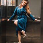 Propuneri indecente în lift: Fă-mă să mă simt femeie!